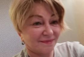 Liliya, 62 - Just Me