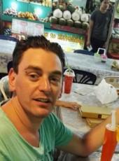 loulou, 36, France, Senlis