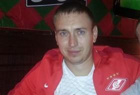 Pavel, 33 - Just Me