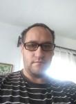 Taras bazhan , 39  , Kyra