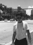 Mukhammad, 19  , Gergebil