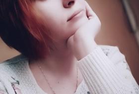 Alisa, 30 - Just Me