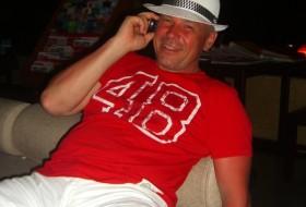 Anatoliy, 55 - Just Me