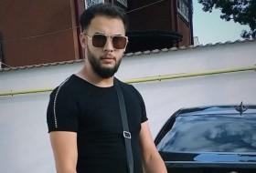 Emir, 26 - Just Me