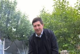 Yuriy, 40 - Just Me