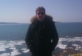 Andrey , 59 - Just Me