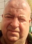 Aleksandr , 42  , Gubkin