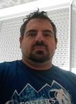 Massimiliano, 38  , Terralba