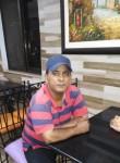 Farrukh , 35  , Lahore