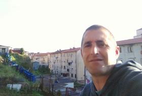Pedro Sierra, 41 - Just Me