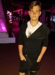 Cristian, 21  , Resita