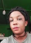 Lida , 38  , Abidjan