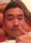 Gene, 36, Beijing