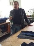 oleg, 52  , Saratov