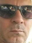 Aslan, 51  , Tilburg